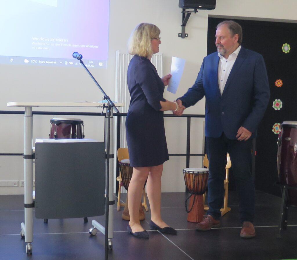 Grundschule Börger verabschiedet ihren Schulleiter in den Ruhestand